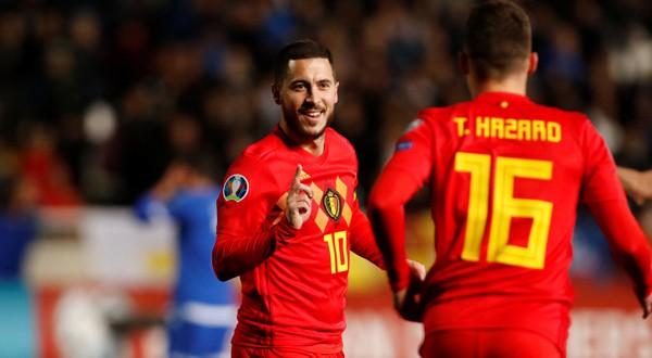 Eden Hazard durante un amistoso con Bélgica