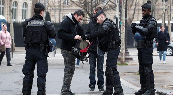 """Las medidas de seguridad limitaron a los """"chalecos amarillos"""" en nuevas protestas"""