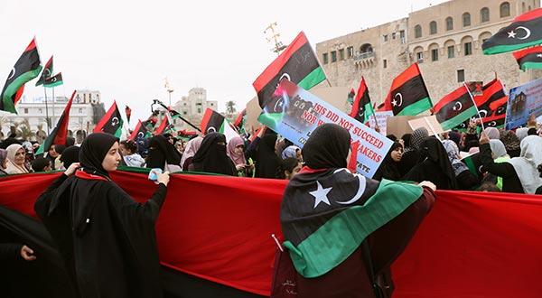 Ataques aéreos en Trípoli