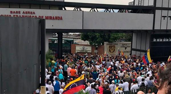 """Según Guaidó y López, en Venezuela se inició la fase definitiva para el cese de la usurpación: la """"Operación Libertad""""."""