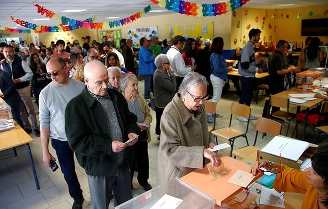Las elecciones de este domingo resultaron muy positivas para el Psoe y Cs