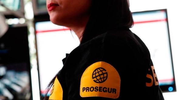 Una empleada del Grupo Prosegur en Francia.