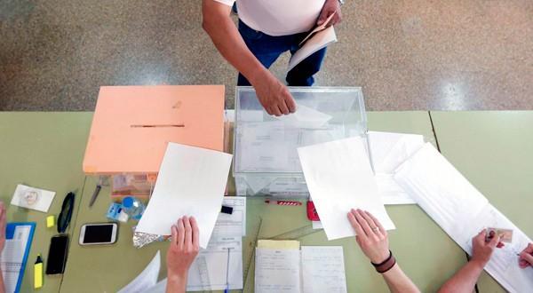 Los ciudadanos españoles se preparan para ir a las urnas el próximo 28 de abril.