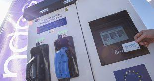 Endesa instalará cargadores rápidos y ultrarápidos en las estaciones de servicio de Andamur