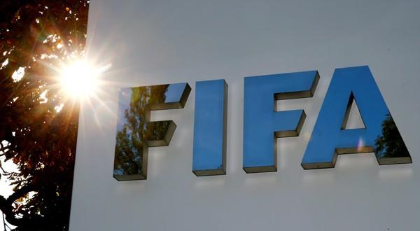 La FIFA suspendió a siete futbolistas por amaño de partidos
