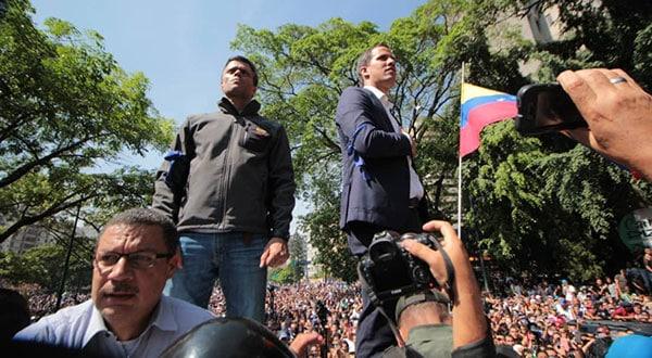 El movimiento liderado por los opositores Guaidó y López en Venezuela recibe apoyos internacionales, entre ellos de los líderes políticos españoles.