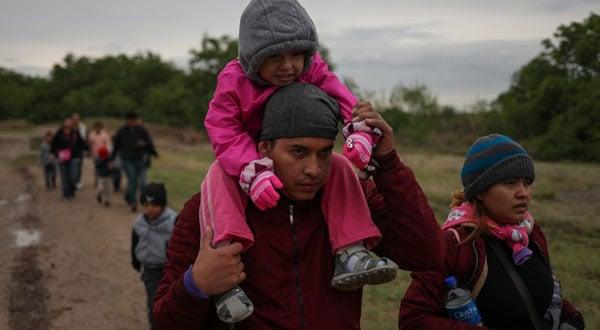 ACLU denuncia que los migrantes en la frontera con México son víctimas de los denominados Patriotas Constitucionales Unidos, en su mayoría militares en situación de retiro.