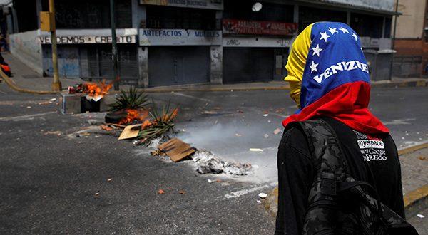 Ausencia de luz y agua desataron nueva ola de protestas en Venezuela
