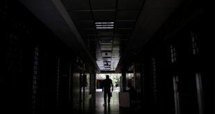La oscurana ronda todavía en las regiones