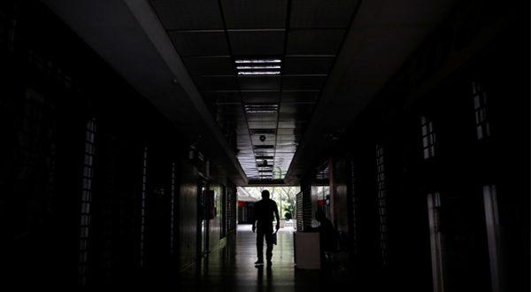 Venezuela: a media luz y sin integración eléctrica