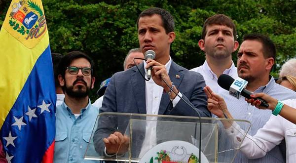 Guaidó: hemos instruido al embajador Carlos Vecchio de inmediato a que se reúna con el Comando Sur