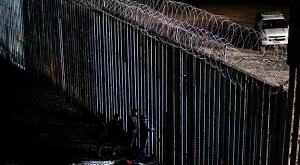 Trump solicita 4.500 millones de dólares para atender emergencia fronteriza por el incremento exponencial de migrantes