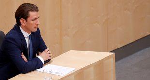 Sebastian Kurz, el dirigente político más joven de Europa, se convirtió en el primer canciller austriaco en ser derrocado por una moción de censura.