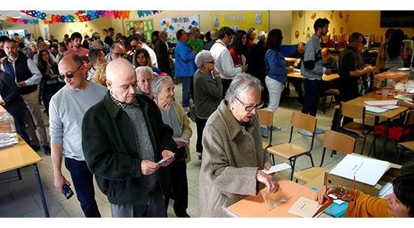 Para el barómetro electoral del CIS, el PSOE consolidaría su ventaja sobre el PP en las elecciones municipales, autonómicas y europeas de este 26 de mayo.