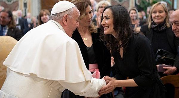 El papa Francisco recibió a la representación de los miembros de la Asociación de Prensa Extranjera en la Sala Clementina del Vaticano.