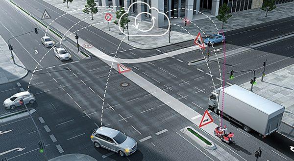 INTERNET OF THINGS. Bosch y Daimler, utilizando vehículos de Clase S de Mercedes Benz, circularán en modo prueba por la tercera ciudad más grande de California, San José, para los ensayos de conducción alta y completamente automatizada (SAE nivel 4/5) del transporte de pasajeros.