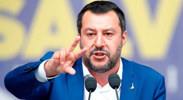 El polémico Salvini se enfrasca en bajar los impuestos.