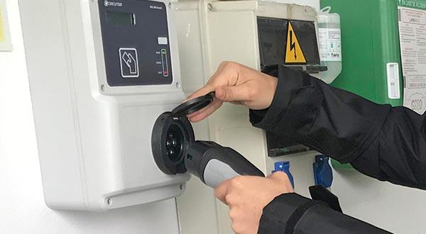 Vehículos eléctricos parques eólicos