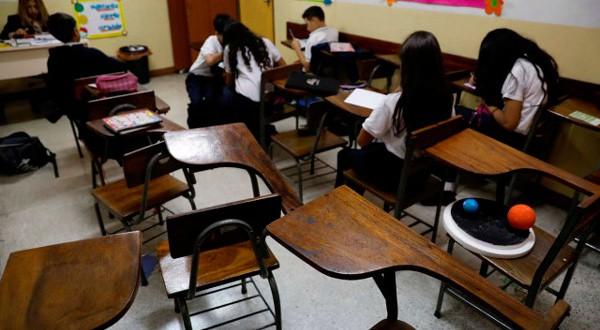 Las aulas venezolanas se están quedando vacías.