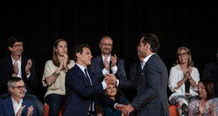 En el Consejo General de Ciudadanos su líder Albert Rivera fustigó a los críticos del partido que desean pactar con el PSOE para la investidura de Pedro Sánchez al frente del gobierno español.