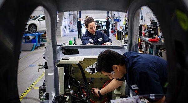 El litigio de la propiedad intelectual entre ambas naciones concierne en forma importante y entre otras, a la industria automotriz.