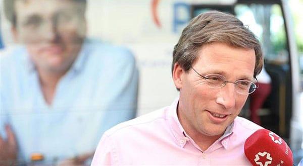 En Madrid ahora el alcalde correspondiente es Martínez-Almeida.