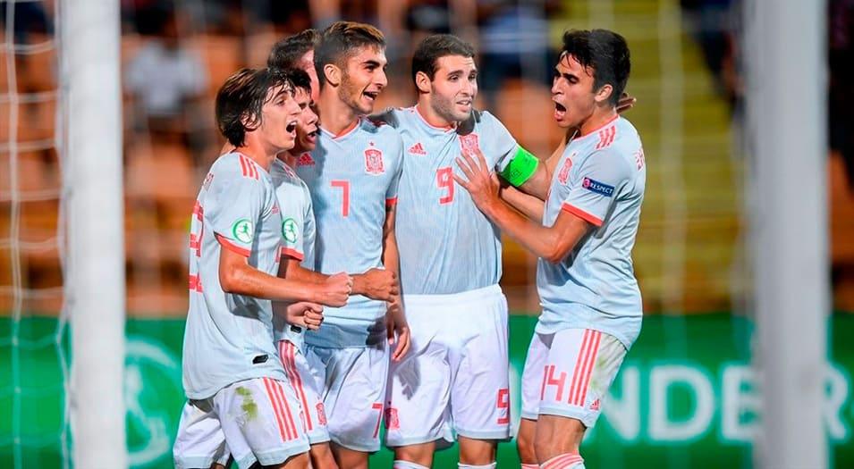 Los goles de Ferrán le dieron el título a España.
