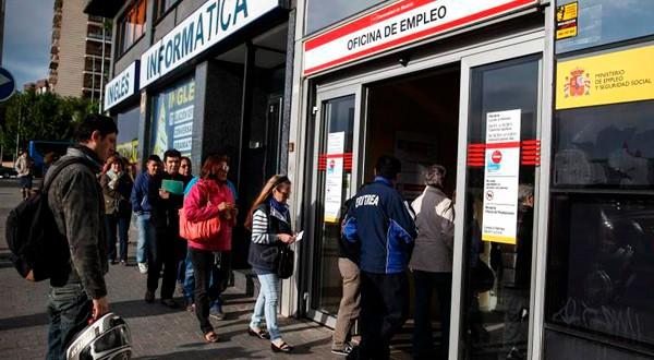El desempleo en España sigue cayendo.