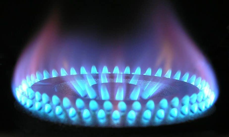 La medida tendrá un efecto en la factura del gas que se reducirá 10 por ciento en los hogares y 20 por ciento en las industrias
