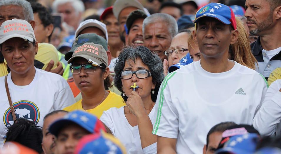 Viera-Blanco: ¿Cómo no estar orgulloso y seguro de la Venezuela posible y recuperable, cuando en medio de la oscuridad, nuestro plasma enciende antorchas de vida, confianza y esperanza?