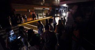 Los venezolanos padecieron otro apagón nacional, a casi cuatro meses de ocurrir el segundo más destructivo de las instalaciones del Guri, el 25 de marzo de 2019