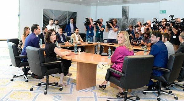PP y C's firmaron un acuerdo con 155 medidas para mejorar Madrid y se repartieron responsabilidades para ello, sin el respaldo de Vox.