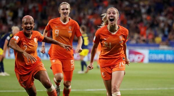 Groenen marcó el tanto que llevó a Holanda a la final del Mundial