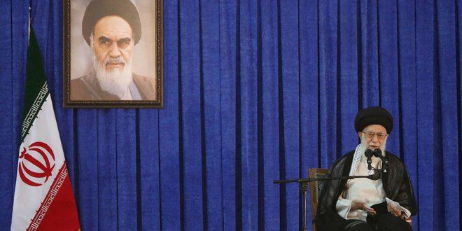 OTAN insta a Irán a liberar buque británico y a no desafiar libertad de navegar por el Estrecho de Ormuz