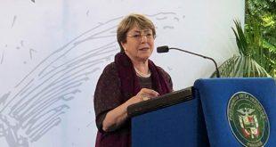 Bachelet considera que los niños nunca deben ser detenidos por razón de su estatus migratorio ni separados de sus familias.