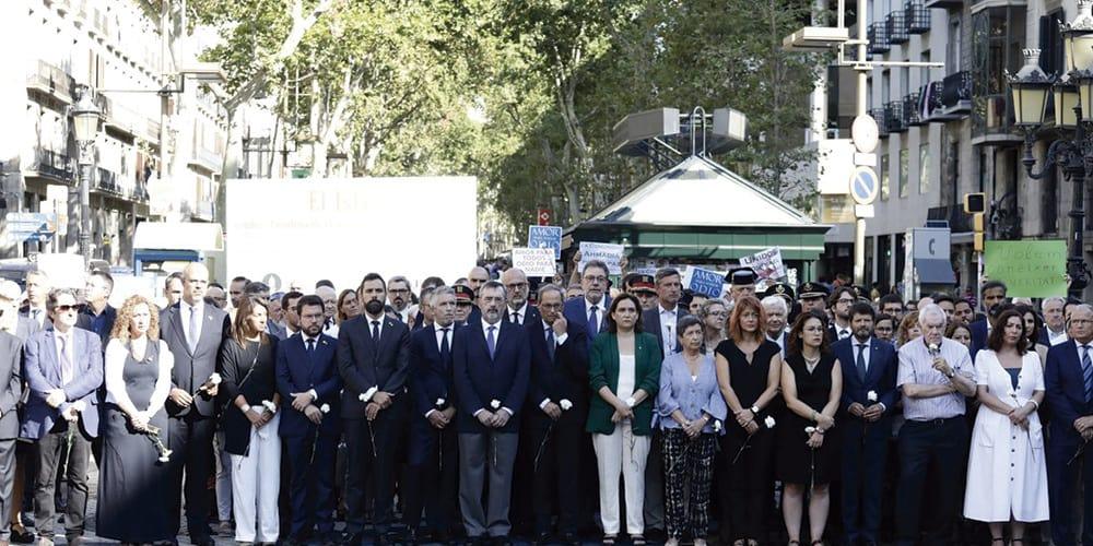 Barcelona rinde honores a las víctimas de los atentado del 17A en su segundo aniversario