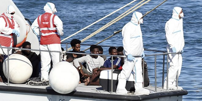 Matteo Salvini accedió al desembarco de 27 menores del Open Arms