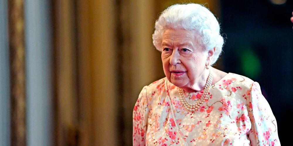 La Reina Isabel II aceptó la petición del premier británico.