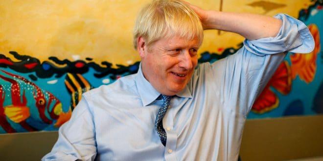 Johnson irá a Berlín y París para intentar reabrir el acuerdo de Brexit con la UE