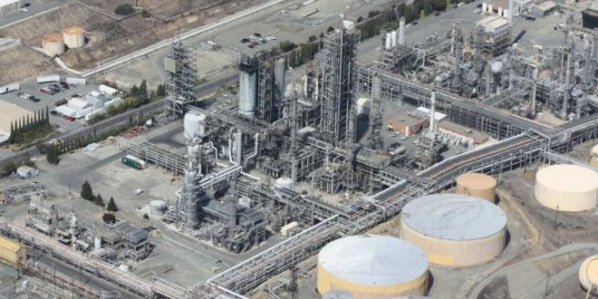OPEP estima caída en la demanda mundial de crudo