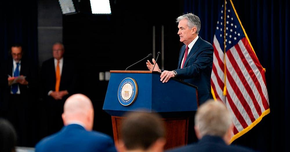 Powell sugirió que el recorte de tasas era un pequeño ajuste destinado a ayudar a la economía de EEUU a enfrentar la incertidumbre