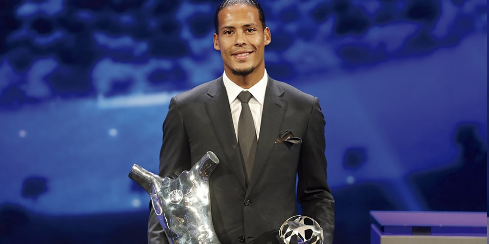 Virgil Van Dijk, defensor central del Liverpool