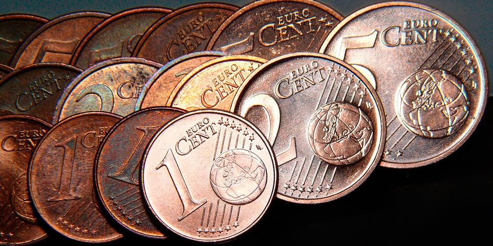 La baja inflación en la Eurozona provocaría una intervención del BCE.