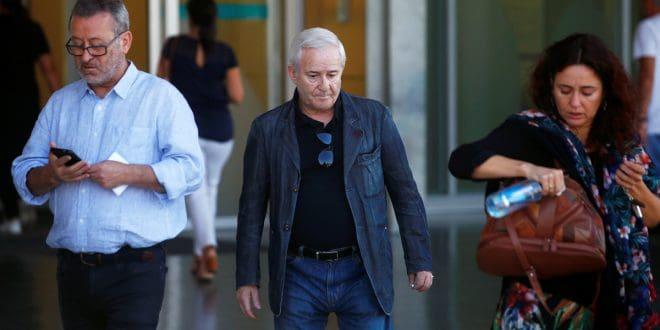 Eduardo Guervos, manager del cantante, expresó su pesar, al llegar al Hospital Quirón, en Madrid