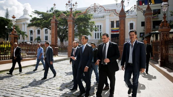 La ruta política de elecciones libres en Venezuela, que lidera Juan Guaidó, tiene respaldo de la UE, como salida de la crisis