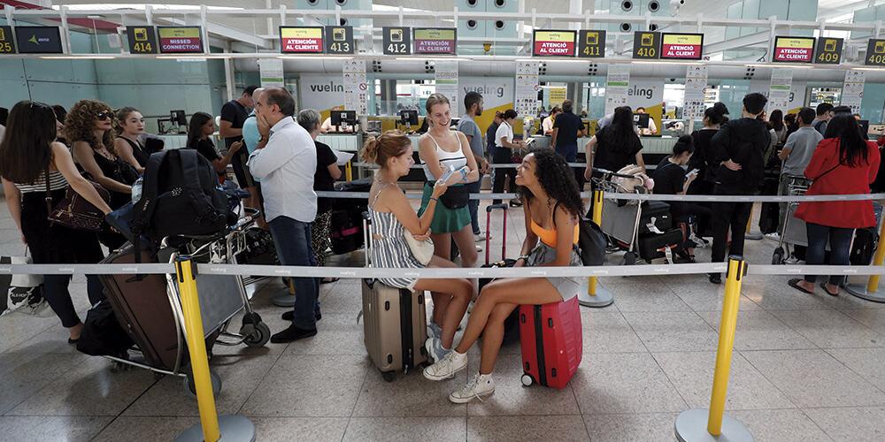 Pasajeros de Iberia perjudicados por las huelgas del personal de tierra