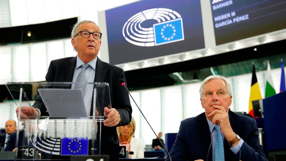 Juncker y Barnier presentaron sus impresiones sobre las negociaciones del Brexit.