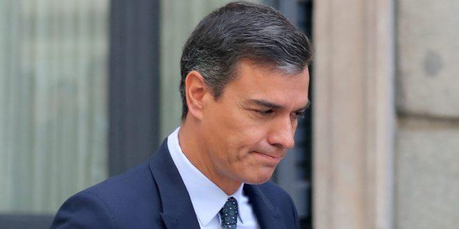 PSOE y PP buscan los votos de Ciudadanos en el preludio de la campaña electoral