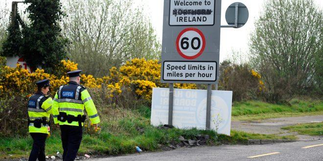 La UE da ultimátum a Londres para que presente un plan sobre la frontera irlandesa