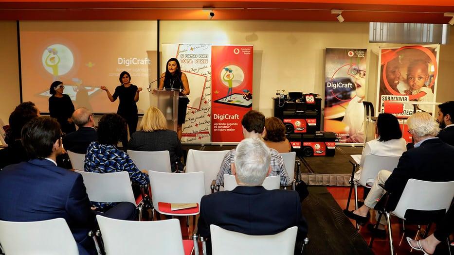 Fundación Vodafone presentó proyecto para educar niños en el mundo 2.0